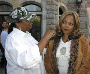 Kim Fields (Dorothy, Tootie) in front of Blair's Inn.